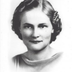 Rosaline Annie Mazzeo