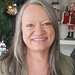 Wanda Leigh Reid Barker